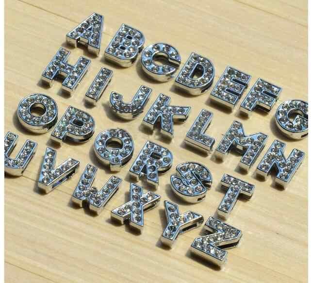 1pc A-Z strass Inglês letra Do Alfabeto de prata Diâmetro Interno: 8 Carta Oito milímetros de Slides encantos DIY Fit chaveiro Pulseira Colar de Estimação