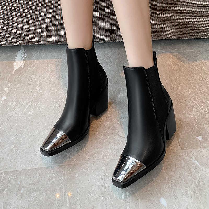 2019 Classic Western Cowboy Laarzen Voor Vrouwen Enkellaarsjes Cool Metalen Vierkante Teen Vierkante Hak Schoenen Vrouw Winter Basic Laarzen zwart