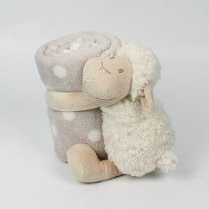 Image 3 - Bebek konfor bebek ile uyku arkadaşı havlu bebek sevimli beyaz kuzu Holding battaniye bebek oyuncak peluş hayvan çocuklar için doğum günü hediyesi