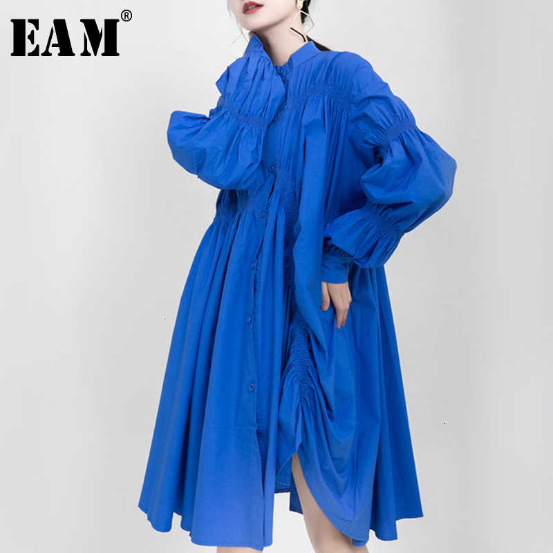 [EAM] Women Asymmetrical Pleated Big Size Dress New Stand Collar Long Sleeve Loose Fit Fashion Tide Spring Autumn 2020 1K937