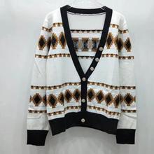 Осенне-зимний Модный женский Дизайн Жаккардовый кардиган с v-образным вырезом и пуговицами Женская куртка