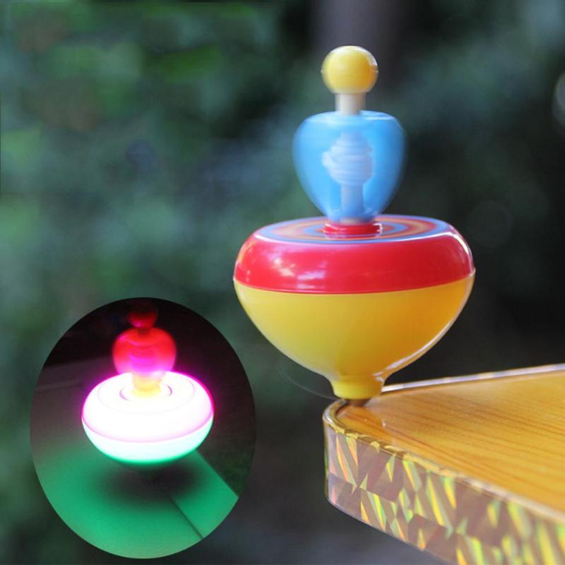 Pull Rope Love Gyro Toy Kids Light Spinning Top Gyroscope Gift Random Color Kids Outdoor Fun Electronic Toys Stress Relief Toys
