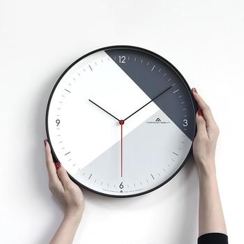 Wall Clock Living Room Simple Modern Clock Nordic Bedroom Home Quartz Clock Silent Fashion Creative Wall Clock c071