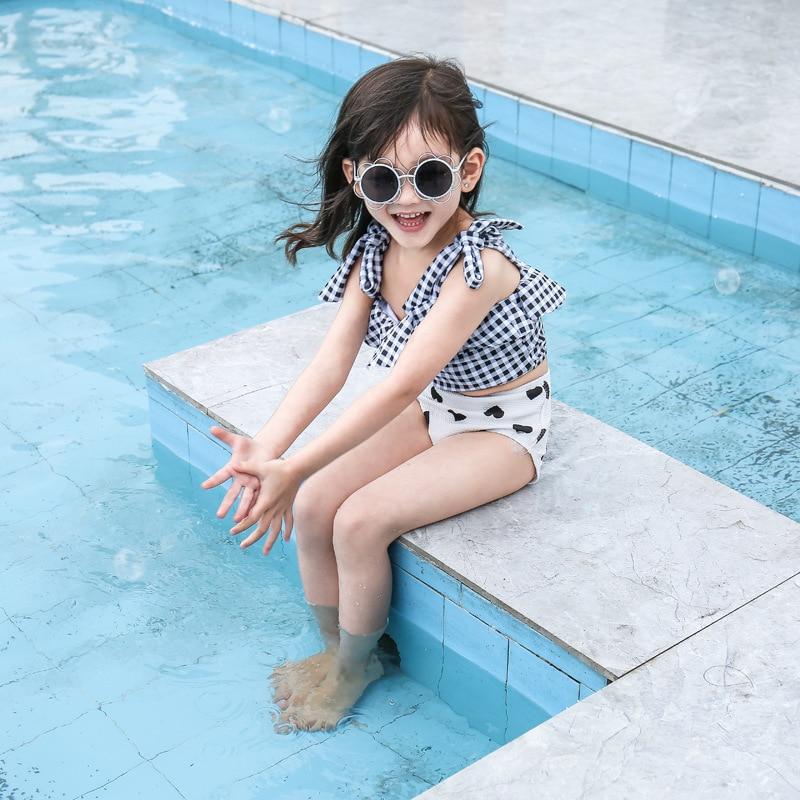 2019 Hot Selling INS Children Split Type Tour Bathing Suit GIRL'S Black Plaid Heart With Swim Cap GIRL'S Bikini Bathing Suit
