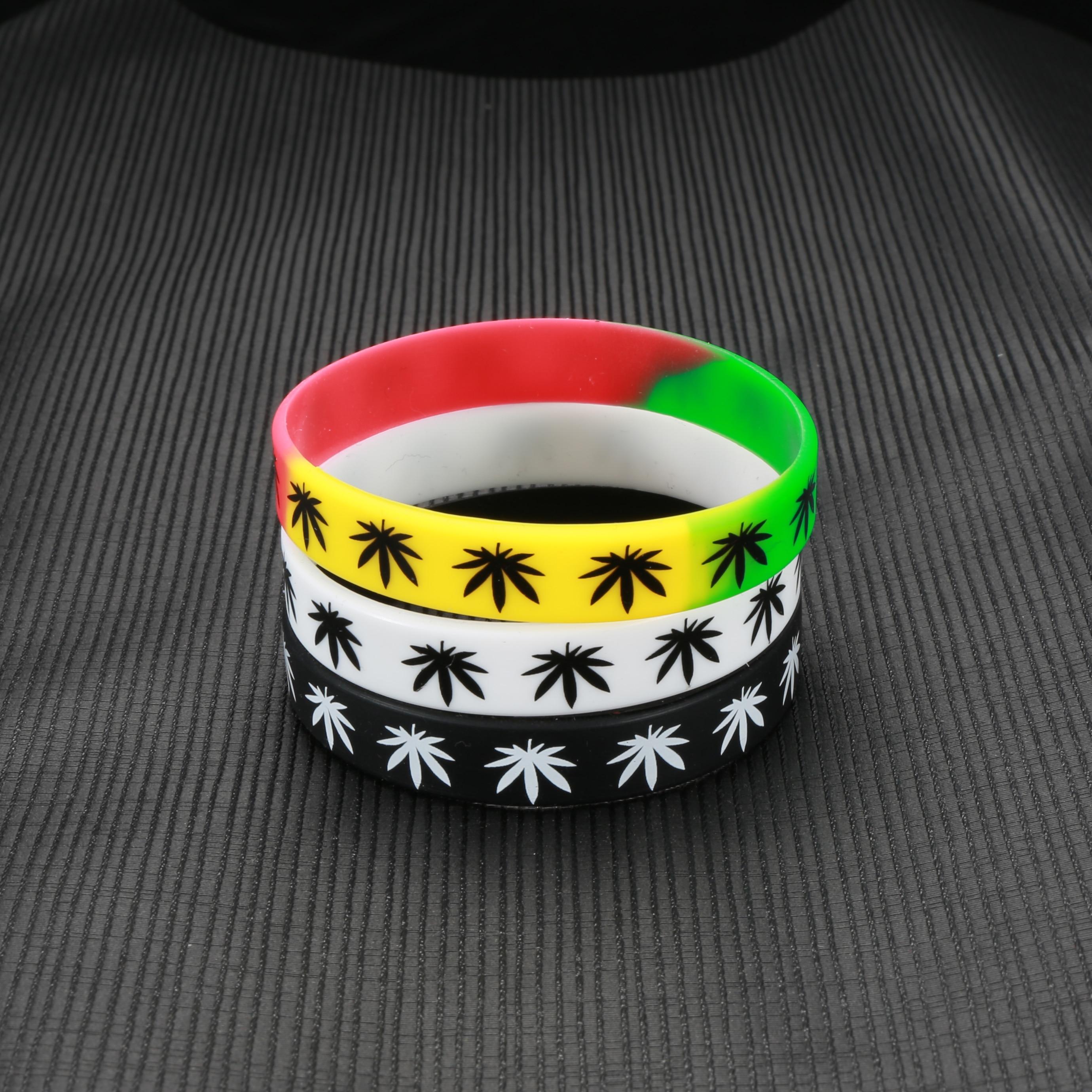 Reggae Marijuana Leaf Pot Charm Bracelet Bangle Rasta Weed