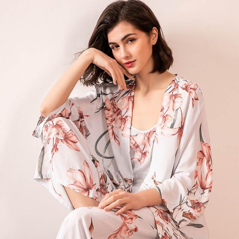 Women Cotton Satin 3Pcs Pajama Set Large Size Loose Comfort Sleepwear Floral Print Ladies Homewar Casual Wear For Spring & Fall