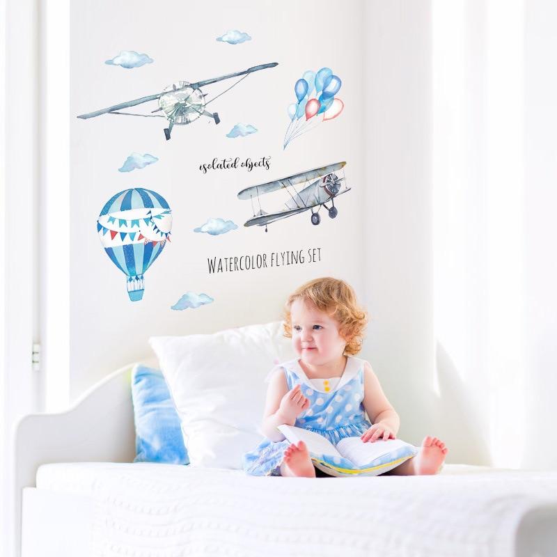 Купить съемные настенные наклейки с изображением космического корабля