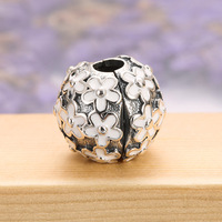 Authentic 925 Sterling Silver Bead Charm White Enamel Daisy Meadow Clip Stopper Beads fit Lady Bracelet DIY Jewelry