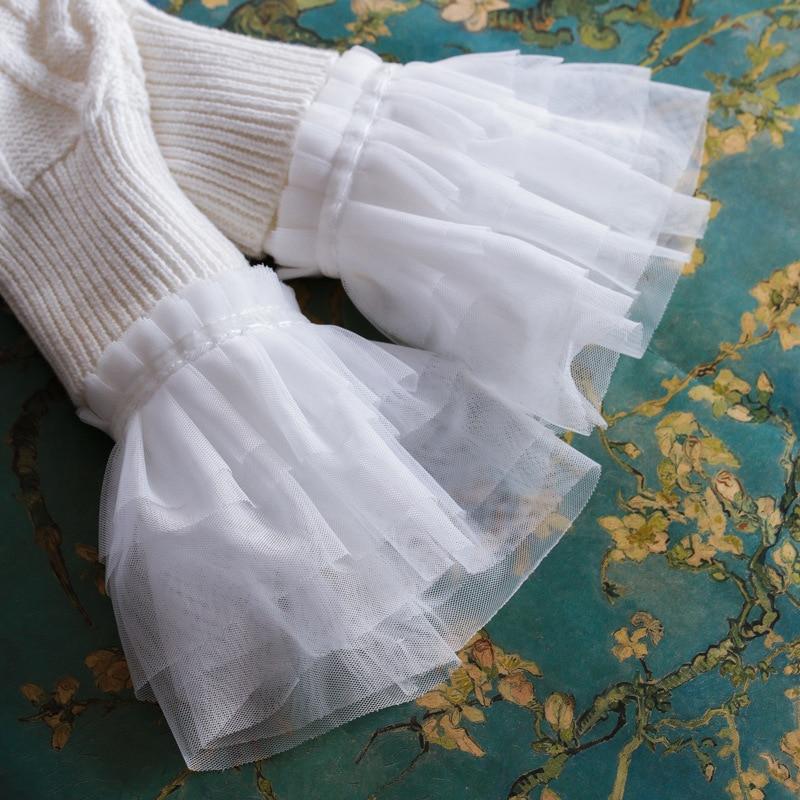 White Women Layers Lace Cuff