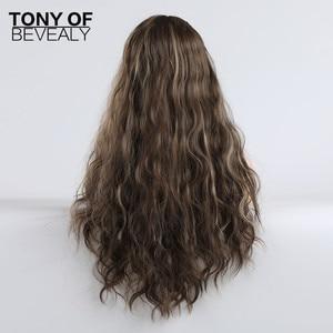 Image 3 - Syntetyczne długie fale Afro naturalne włosy peruki z grzywką dla czarnych kobiet brązowe szare szare faliste peruki z grzywką włókno termoodporne
