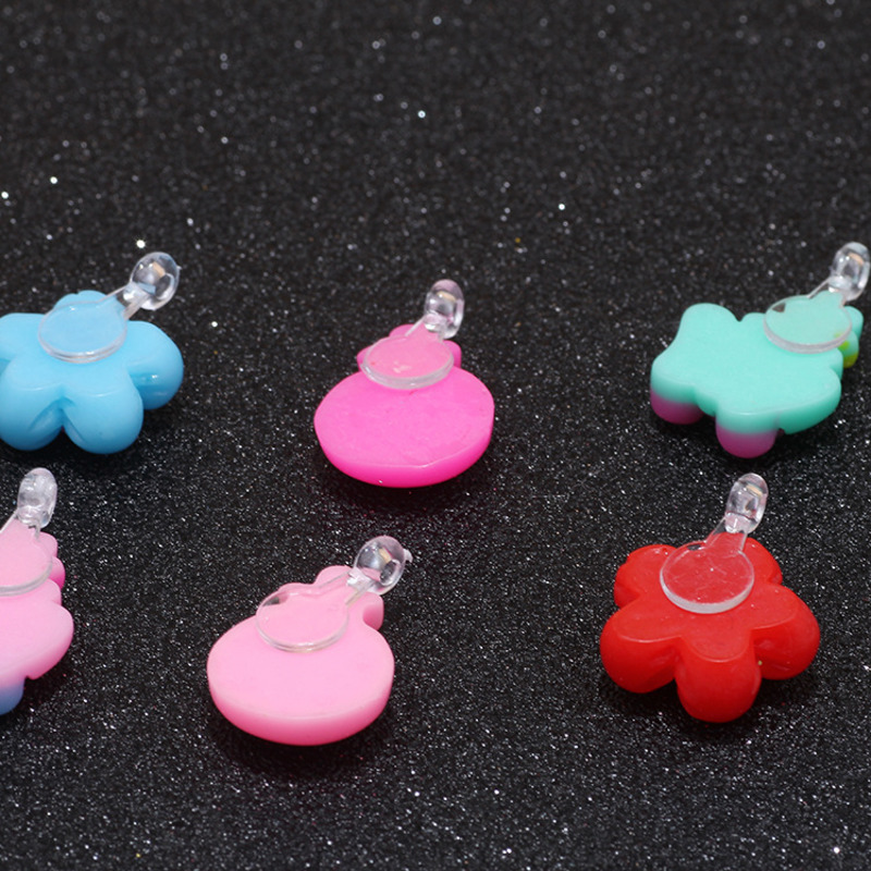50pcs/Bag DIY Resin Slime Cartoon Rings Pendants Chidren Toys Beads Girl Gift Dress Up Accessories Party Kids Cute Crafts Toy
