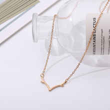 collares Glamour Fashion Necklace Ladys Sheath with Antler Shape 2019 New Pendant Silver Pers