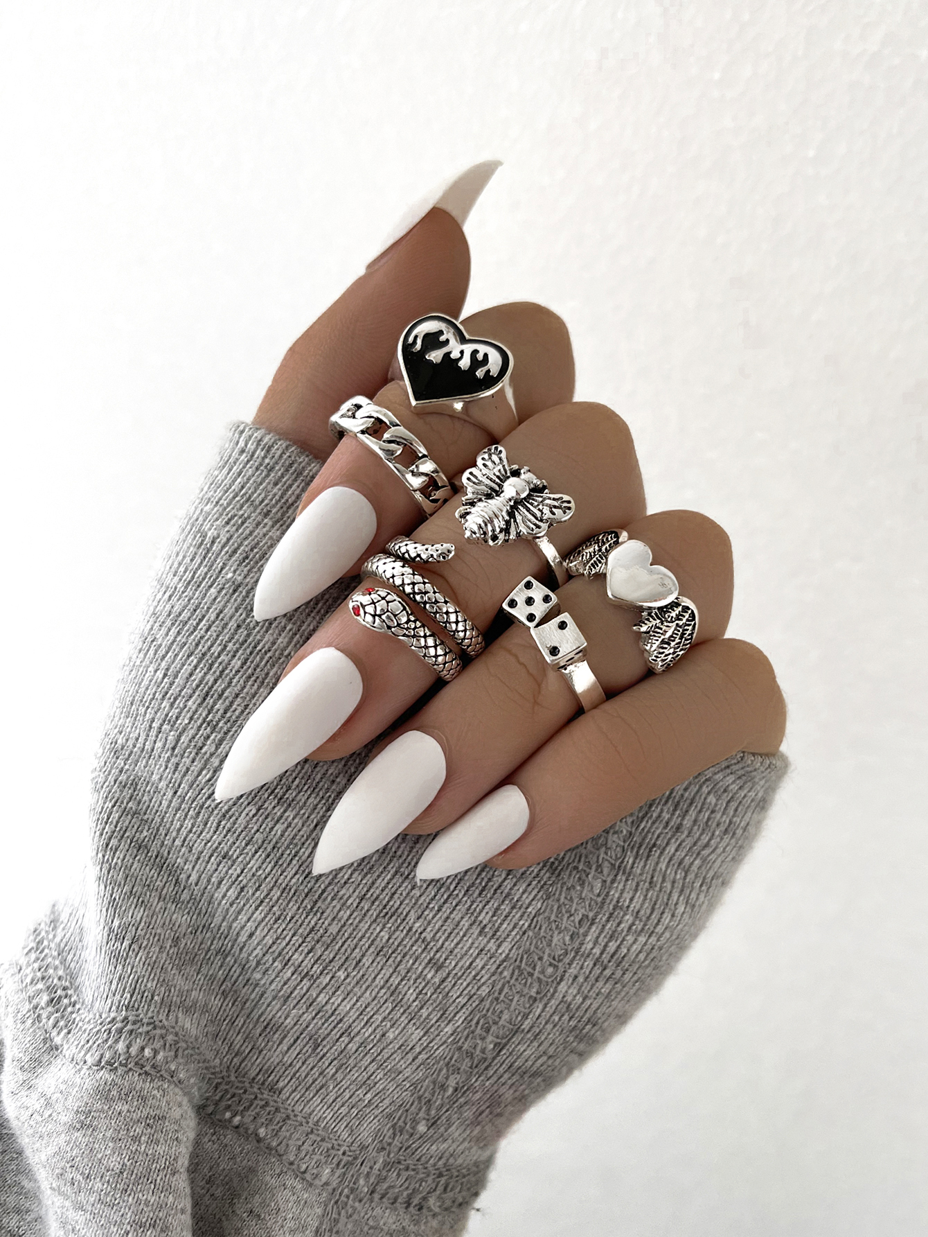 Stillgirl 6Pcs Punk Silver Color Flame Heart Rings for Women Goth Kpop Snake Bee Dice Animal Unisex Couple Fashion Jewelry Gift