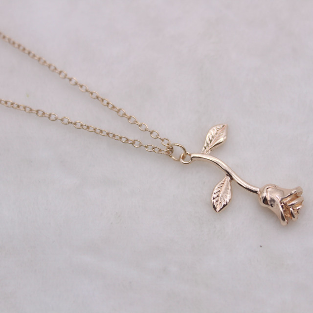 2020 Rose Gold Color Necklace 2