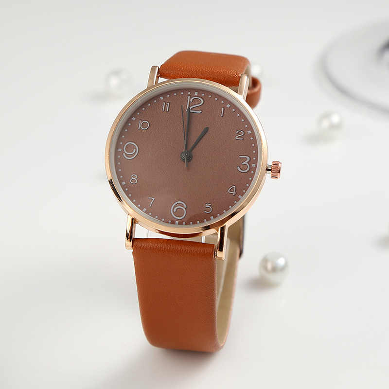 Style du haut de la mode des femmes de luxe en cuir bande analogique Quartz montre-bracelet doré dames montre femmes robe Reloj