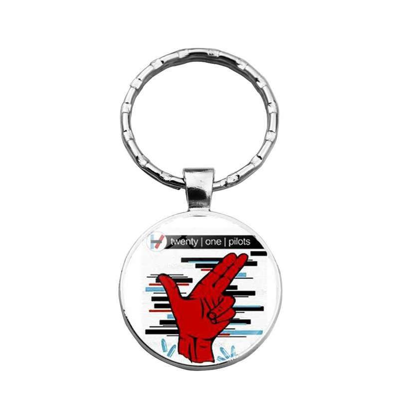 Twenty One Pilots พวงกุญแจ Charms วงดนตรีแฟนผู้ชายผู้หญิงกราฟิกจี้สำหรับคีย์โลหะแหวนเครื่องประดับ Key CHAIN ผู้ถือ