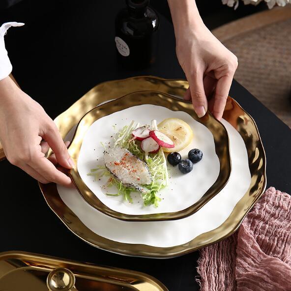 Assiette à aliments incrustée en or | Vaisselle en porcelaine blanche, vaisselle à bord en or, assiette à aliments, assiette chinoise ronde en os