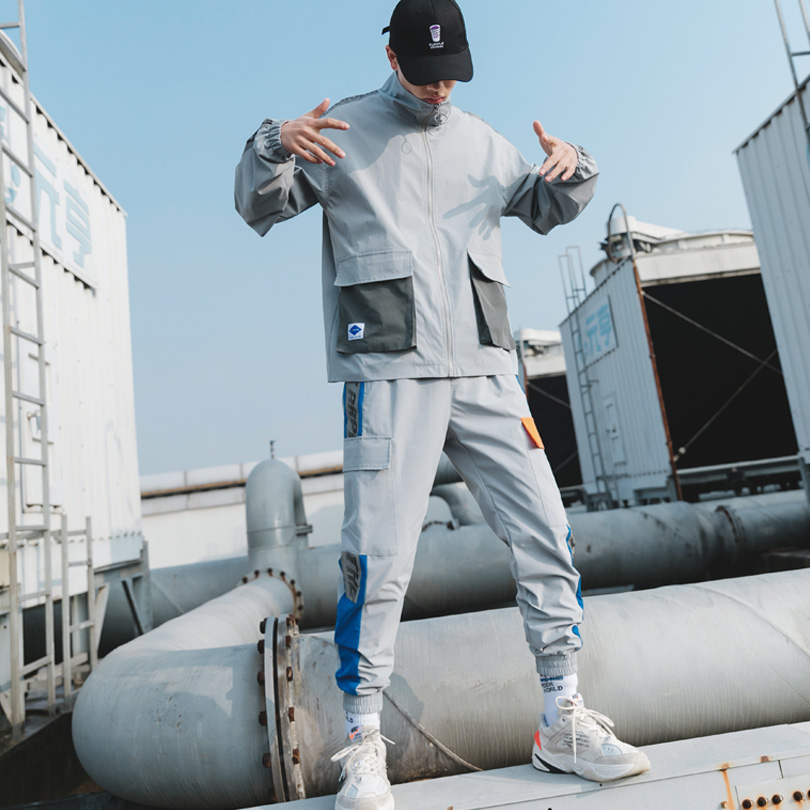 Brand Men's Sports Suits Loose And Comfortable Casual Jacket+Cargo Pants 2PCS Sweatsuits Multi-pocket Gray Jogging Cargo Suit