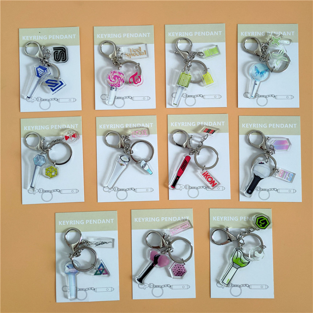 Kpop GOT7 EXO SEVENTEEN NCT IKON BLACKPINK  X1 IZONE SJ OFFICIAL Lightstick Model Pendant Keychain Car Keychain Accessories