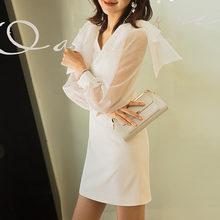 Yigelila Элегантное Белое Мини Платье с v образным вырезом и