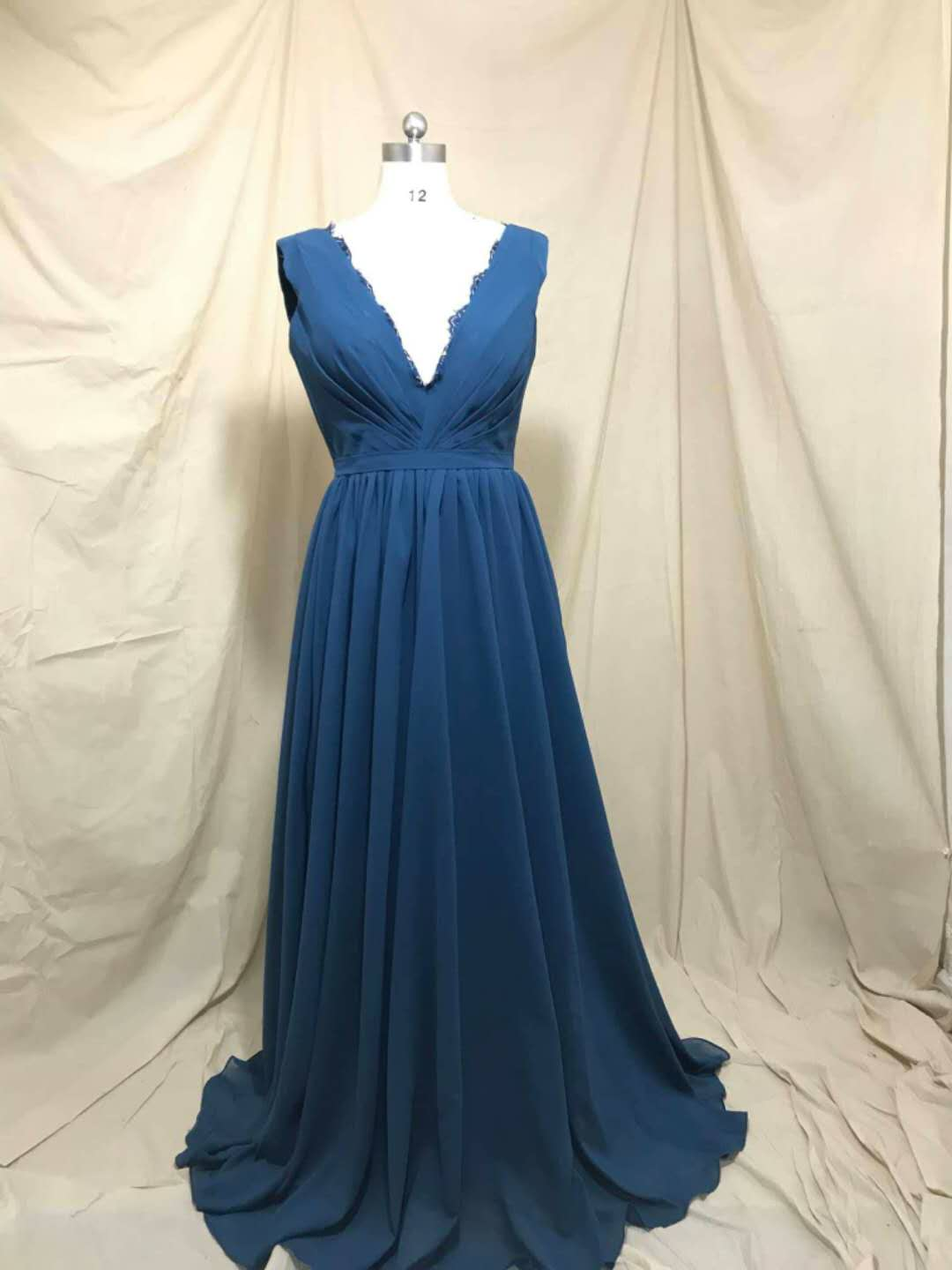 Sexy Women's A-Line Long Lace Pleated Bridesmaid Dresses with Pockets Chiffon V-Neck Custom Made Formal Wedding Party Dresses