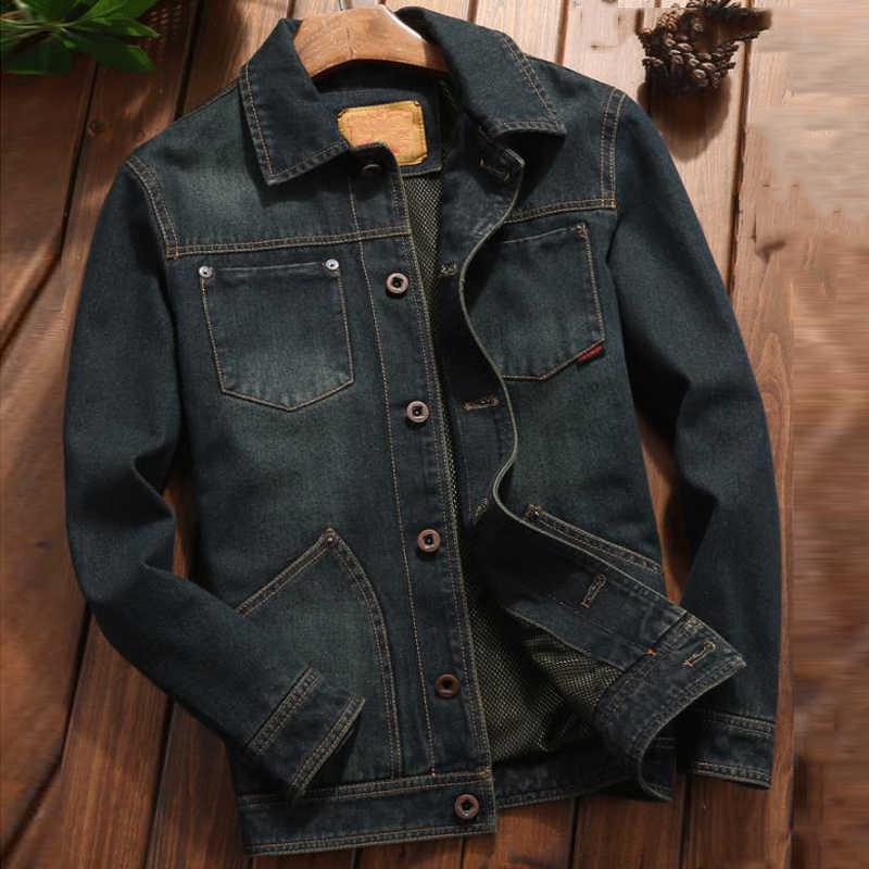 軍事スタイルのヴィンテージ男性のデニムジャケットやコートプラスサイズ 4XL ヨーロッパデザイナーメンズジャンコートカジュアル衣装ストリート a702