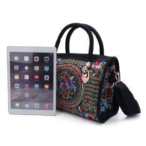Image 3 - Nouvelle arrivée femmes sac à main brodé à fleurs ethnique Boho toile Shopping fourre tout sac à glissière