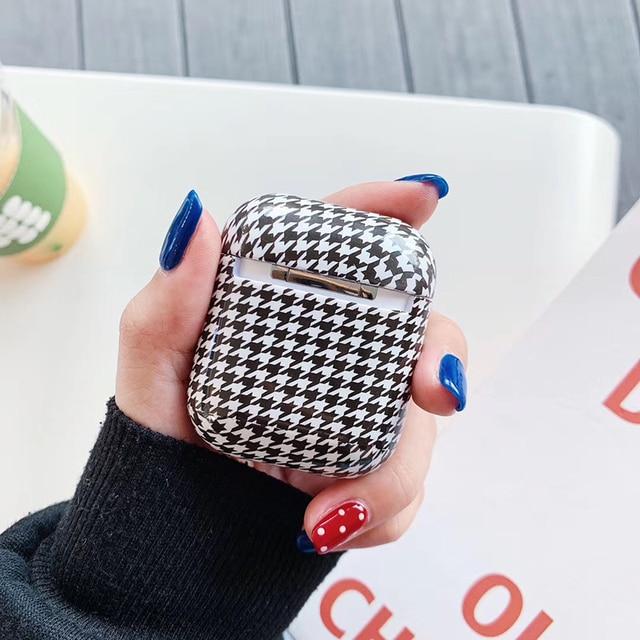 роскошный брендовый жесткий пк беспроводной чехол для зарядки фотография