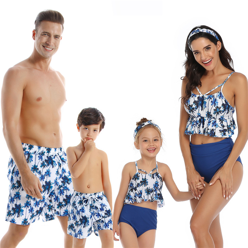 2020 Summer Family Swimsuit Mommy and Me Clothes Father Mom Son Mother and Daughter Bikini Beach Shorts Couple Matching Swimwear