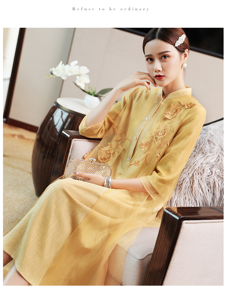 New autumn Traditional Chinese national style 3D flower embroidered slim tea style loosen A version cheongsam dress for women
