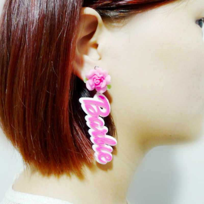 2019 Fashion New English Flower Long Letter Earrings for Women Night Club Exaggerated Hot Pink Acrylic Earrings Pendientes Mujer