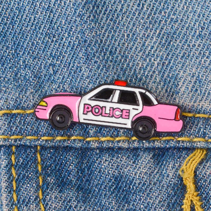 Lucu Mobil Polisi Enamel Pin Logam Klasik Bros Kerah Pin untuk Tas Ransel Wanita Tas Pria Lencana Pin Up Hadiah