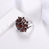 Heißer Verkauf Klassische Silber Farbe Intarsien Granat Rot Zirkon Blume Form Damen Bankett Ring Schmuck Ganze Verkauf