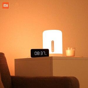 Image 3 - Xiaomi Lámpara de mesita de noche Mijia 2, lámpara inteligente con control por voz, Interruptor táctil, bombilla Led Mi home app para Apple Homekit, reloj Siri y xiaoai