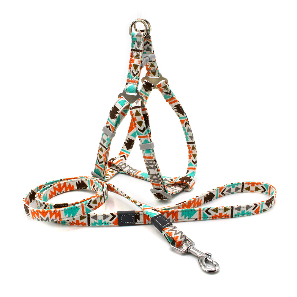 No Pull Dog Harness Set with 1.2m Dog Leash Size Adjustable Canvas Print Harness for Dogs Pitbull Leashes Dog Supplies for Pet 1