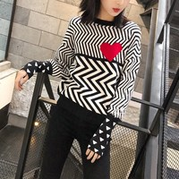 Autumn Winter Women Sweaters Geometric Heart Pattern Lovely Pullovers Long Sleeve Loose Knitted Top