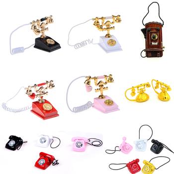 Retro biurko telefon Vintage telefon lalki domy meble Acc Decor dzieci udawaj zagraj w zabawkę 1 12 Metal Dollhouse miniatura tanie i dobre opinie KittenBaby 12-15 lat 2-4 lat 5-7 lat 8-11 lat Z tworzywa sztucznego Don t eat mini telephone Unisex