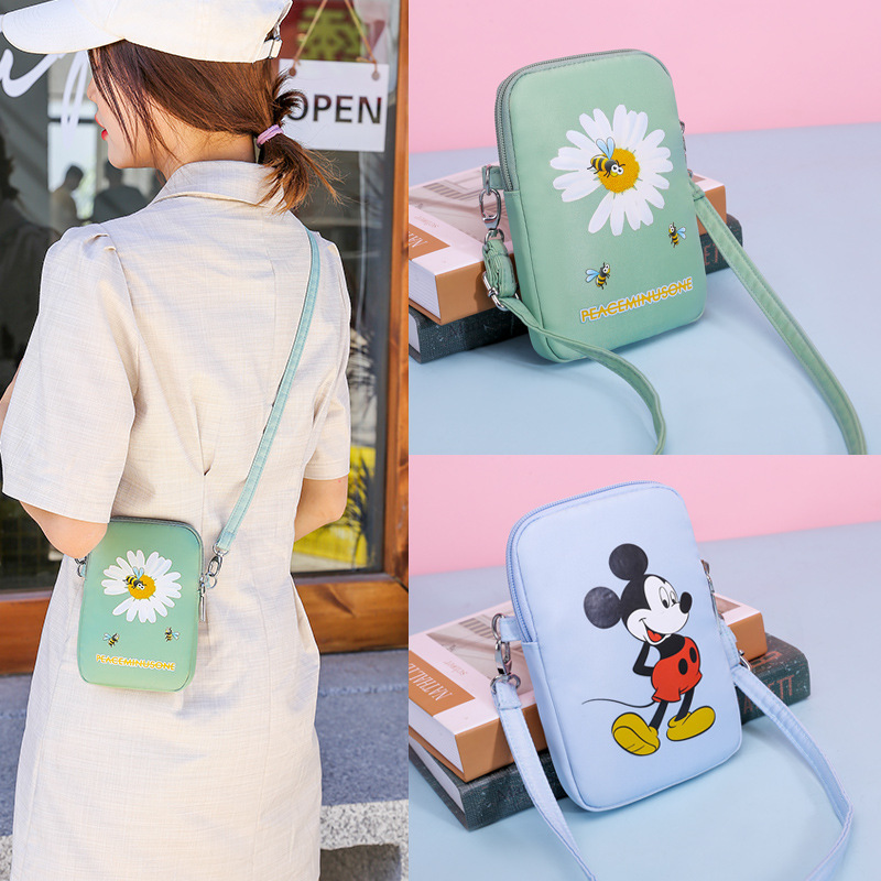New Disney Mickey Mouse Mobile Phone Bag Summer Fashion Wild Female Student Cute Texture One-shoulder Messenger Small Bag