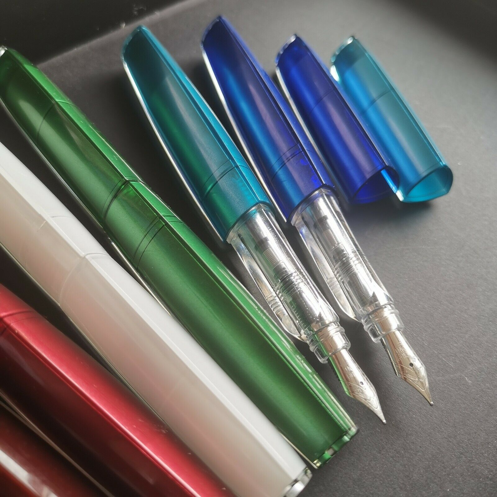 Old Stock OEM(unbrand) Triangular Solid Color Fountain Pen Fine Nib Stationery Office School Supplies