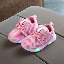New Children Luminous Shoes Boys Girls Sport Running Shoes Baby Flashing Lights Sneakers Toddler Little Kid LED Sneaker(China)