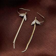 Женские Висячие серьги золотистого цвета с кристаллами в виде