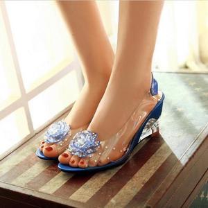 Image 4 - YEELOCA sandalias de cuña de 6,5 CM para mujer, zapatos de tacón con flores dulces transparentes, Punta abierta, color rojo, de talla grande 33 43