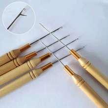 крючок для вязания Вязанный крючком парик делая деревянную ручку