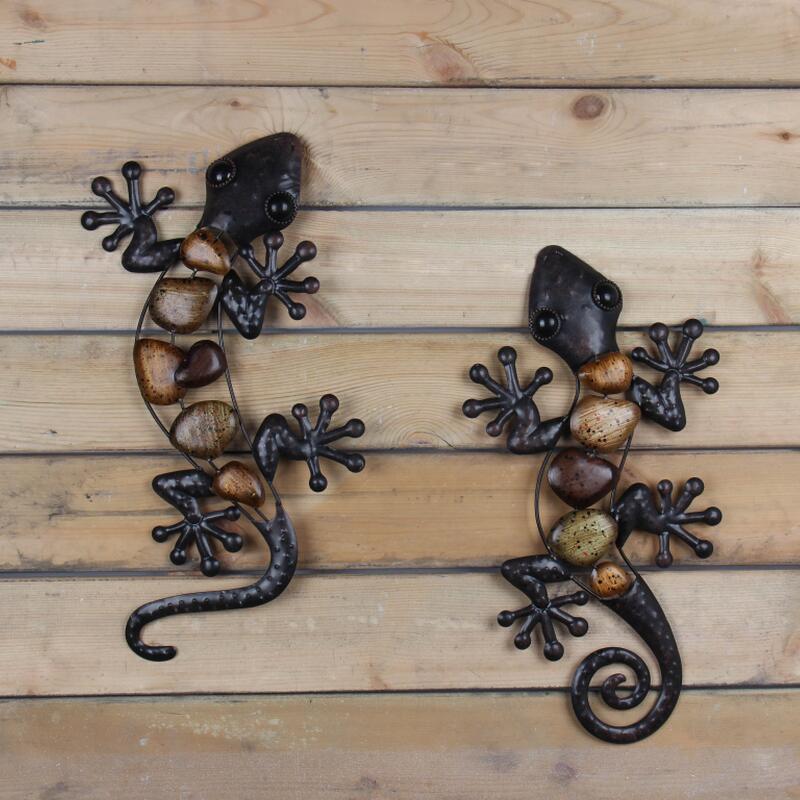 Image 3 - Liffy Metal Gecko Wall Animal Miniatures Garden Decoration Outdoor Statues for Garden Decoration  Accessories Sculpture-in Garden Statues & Sculptures from Home & Garden