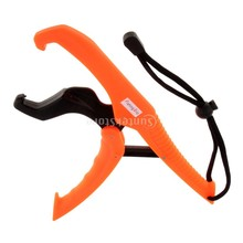 Plastic Floating Fishing Fish Grip Gripper with Lanyard Freshwater & Saltwater Kayak Fishing Pliers(China)