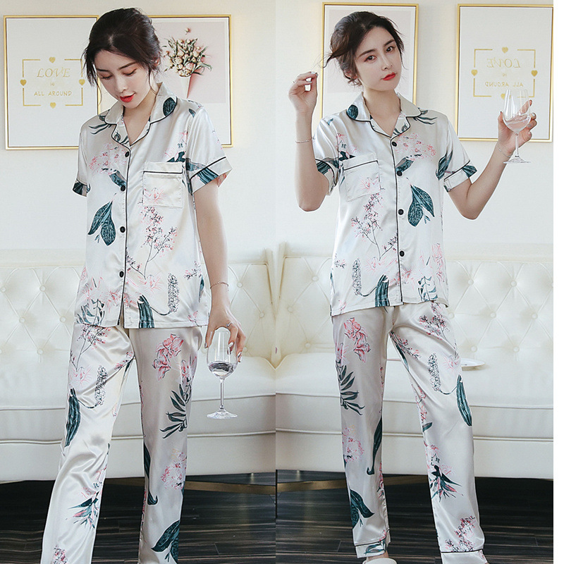Summer And Autumn Hot Selling Short Sleeve Trousers Maple Leaf Model Silk Leaf Lily Cardigan Pajamas Women's Homewear Set