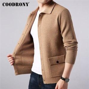 Image 2 - COODRONY Marke Pullover Männer Streetwear Fashion Pullover Mantel Männer Herbst Winter Warme Kaschmir Woolen Strickjacke Männer Mit Tasche 91104