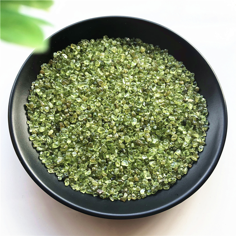 50g 2-4mm Natural Peridot Olivine Quartz Crystal Stone Rock Chips Lucky Healing Natural Stones and Minerals