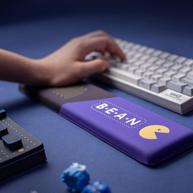 Pacman Design Purple Slow Rebound Memory Foam Hand Wrist Rest Pad Comfortable Soft Non slip Silica Gel Keyboard Tray Hand Rest