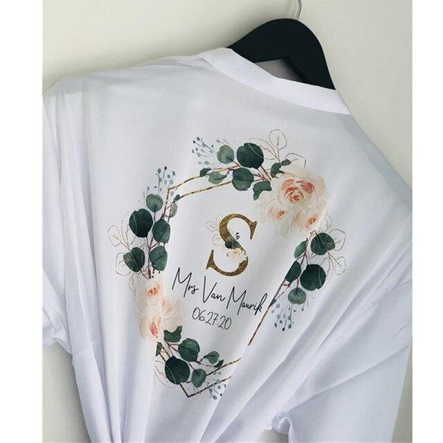 Bespoke początkowa koronka kwiatowy wieniec szlafrok dla nowożeńców druhna jedwabny szlafrok kimono panieński szlafrok sisier pana młodego szlafrok
